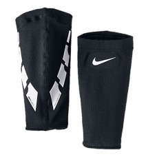 Nike Guard Lock Elite  011
